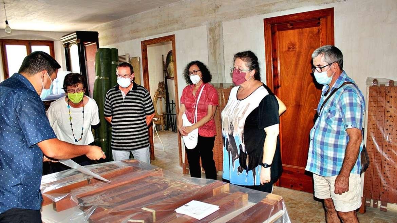 Una visita a les entranyes de l'orgue de la Catedral