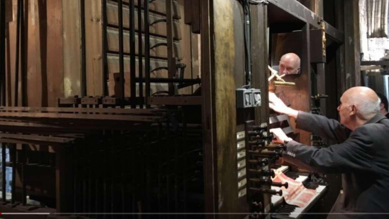 L'oportunitat de visitar l'interior d'un orgue monumental, ara a Solsona